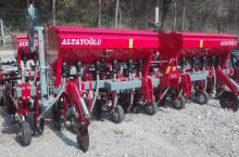 Окопен култиватор ALTAYOGLU 7 секции с торовнасяне