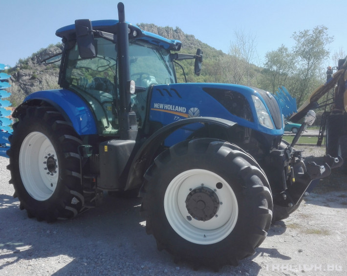 Трактори New-Holland T7.215S 1 - Трактор БГ